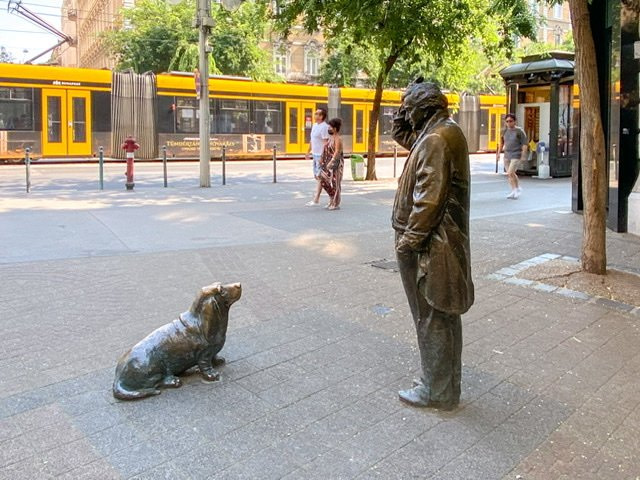 Life-size staute of the TV character Columbo and his dog