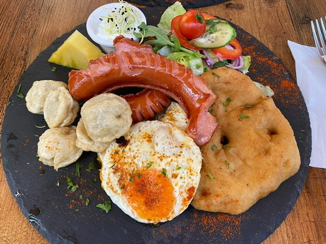 Hungarian breakfast at Drum Cafe in Budapest