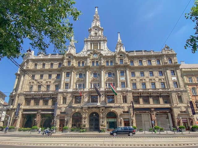 Front of the Anantara New York Palace Budapest Hotel
