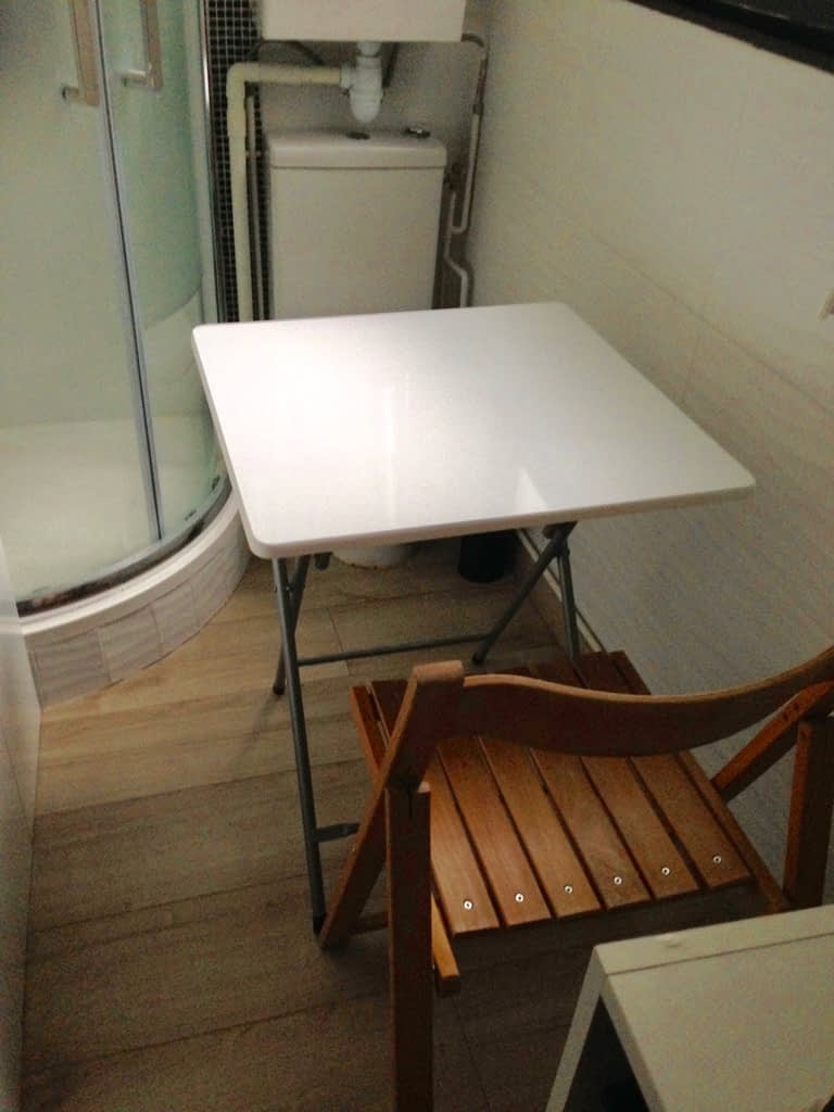 Paris Airbnb foldable table and chair